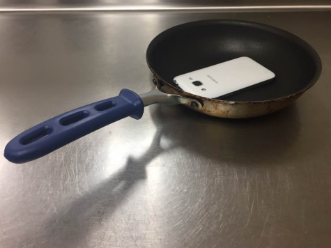 Pantelligent is able to help teach anybody how to cook. The smart frying pan has an app that connects the users phone to the pan and tells the user when to add any extra ingredients. Pantelligent is for retail for $129 on the Pantelligent website.