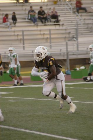 12000 Votes Make Khoury Bethley SoCal Prep Athlete of the Week