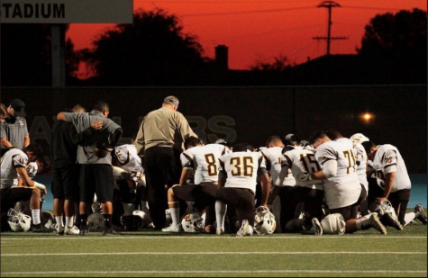 Coach Gano gives post-game speech after loss against Chaffey High School.