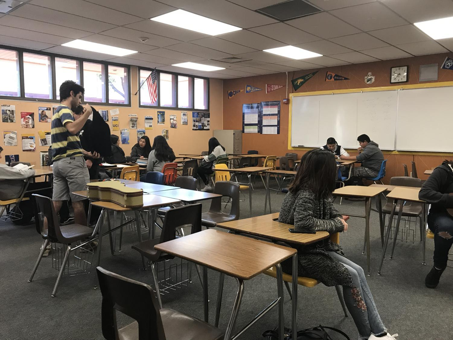 Inside the ETS room(105). Free tutoring occurs here Mondays-Thursdays from 2:30-4:30 pm. More information about ETS can also be found here.